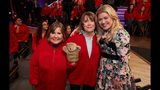 """THE KELLY CLARKSON SHOW -- """"Episode 3068"""" -- Pictured: (l-r) Kelly Clarkson-- (Photo by: Adam Christopher/NBCUniversal)"""